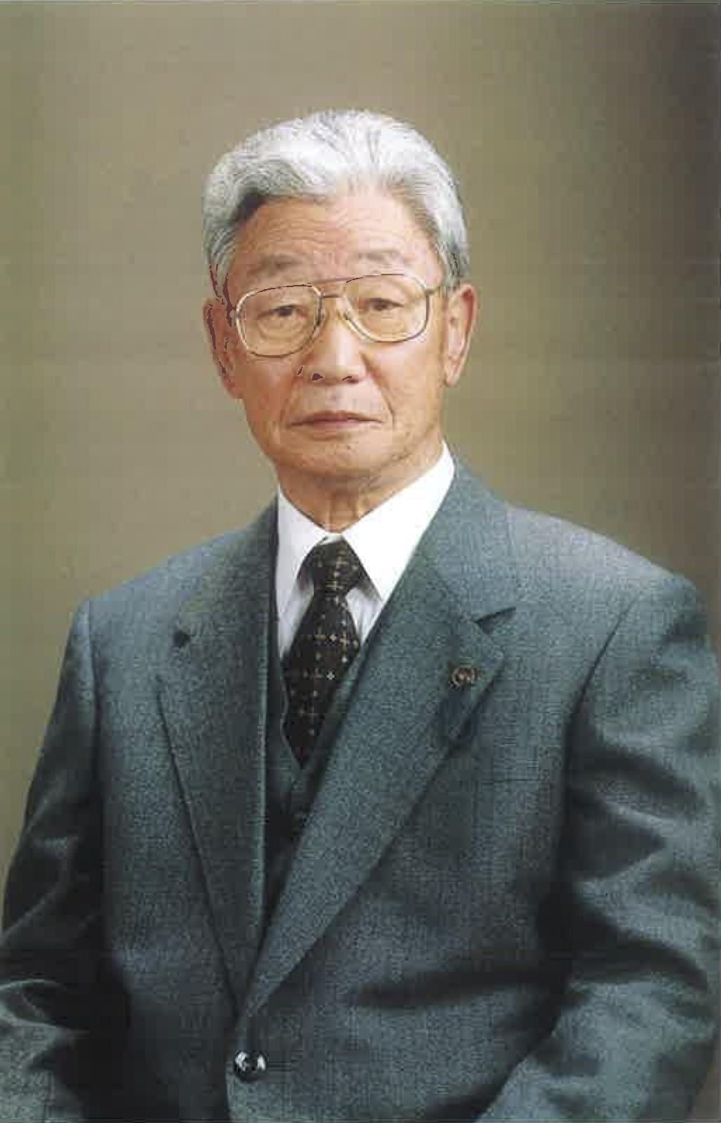 2-創業者_松井幸次郎会長