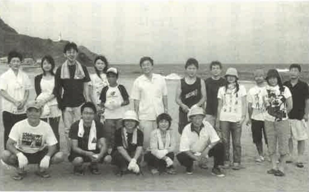 8-新潟県角田海岸で清掃